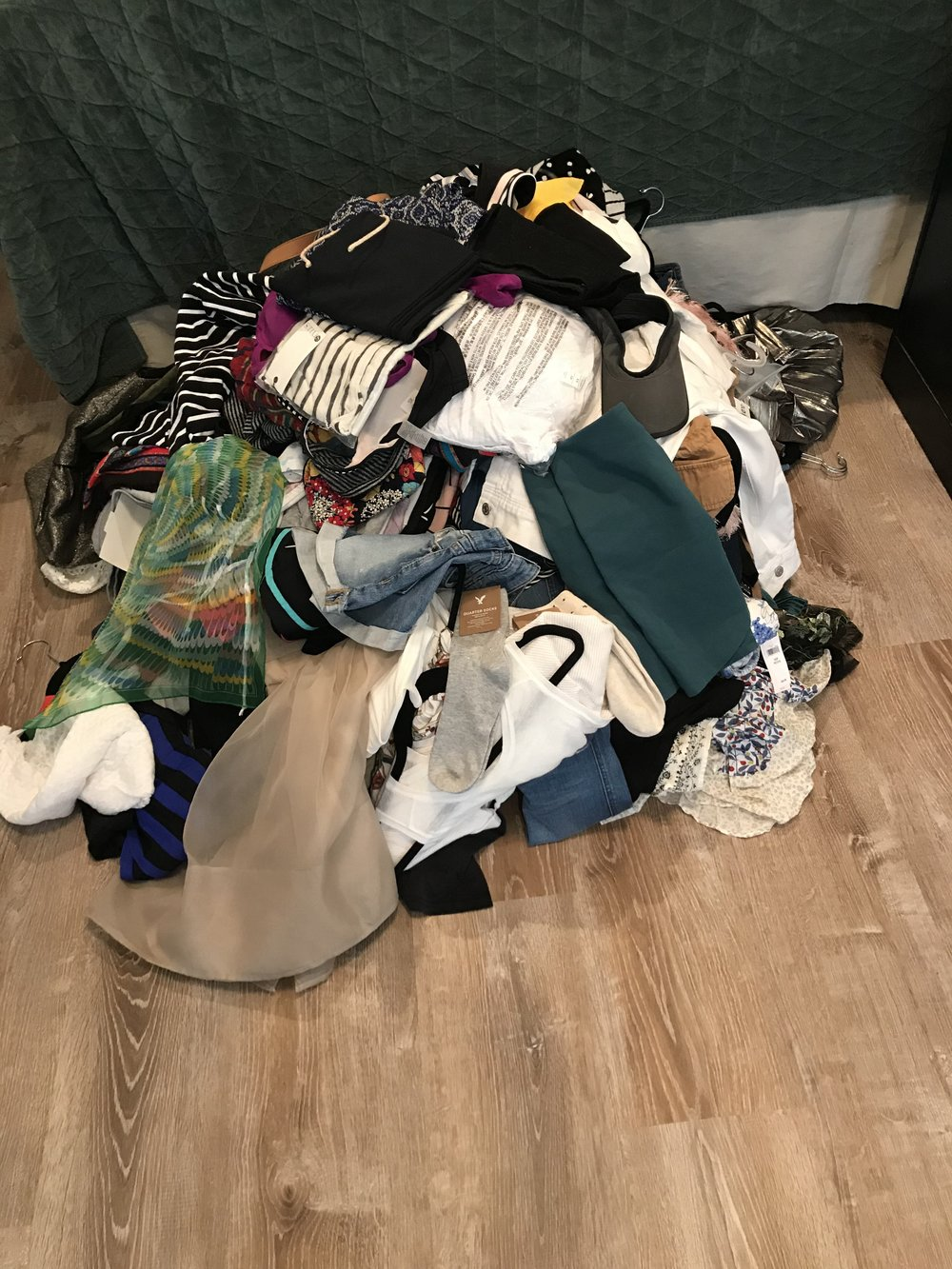 tidying-up-pile-2