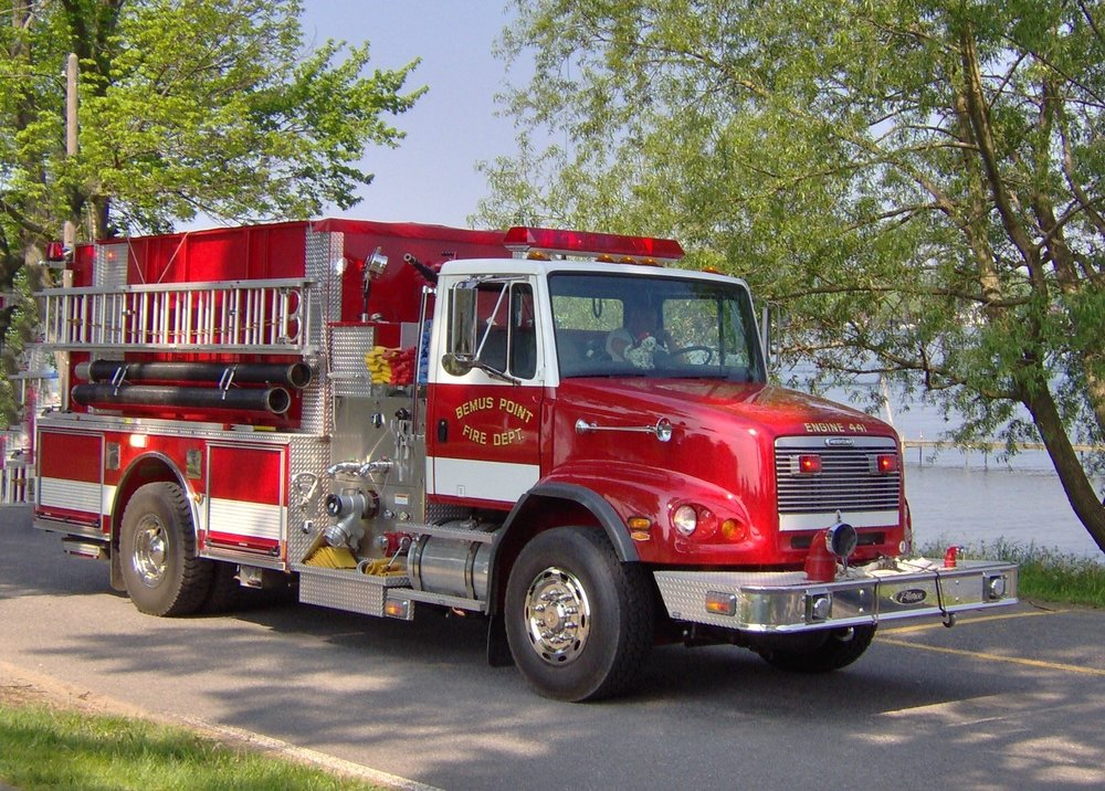 - 2001 Pierce / Freightliner - E441 is powered by a Cummins ISM 400 engine. With a 1500 GPM Hale pump system, 1500 gallon tank, and onboard portable pond, E441 brings powerful water supply capabilities.In service
