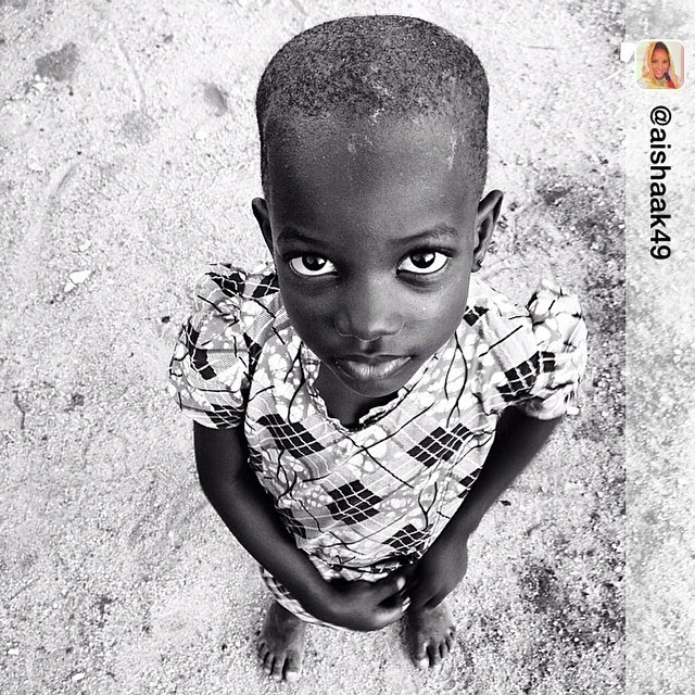 Those eyes, so beautiful. They look up to us #suleja #abuja #nigeria #girlChild #transit #bringbackourgirls - Repost from @aishaak49