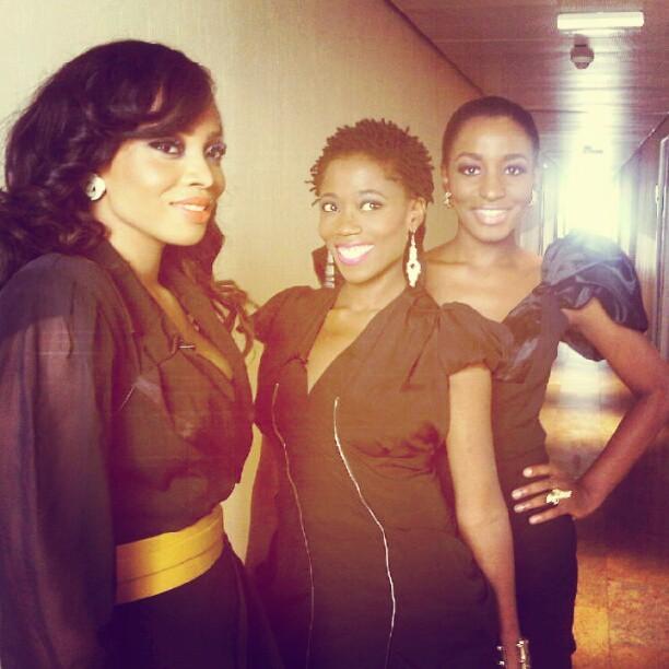 sharedazzle :     looooove this picture of us #3LiveChicks ( we cd be called #3LittleChicks ) cc @rhecks @orekagodis @tokemakinwa