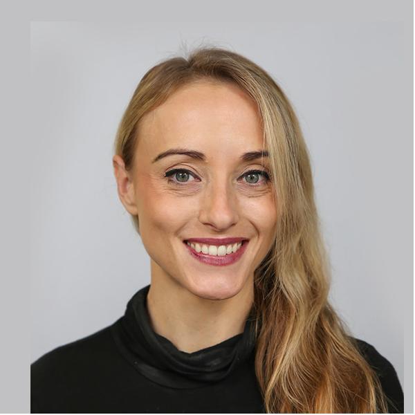 Lauren Farrer - PartnershipsSalesforce, SaaS sales