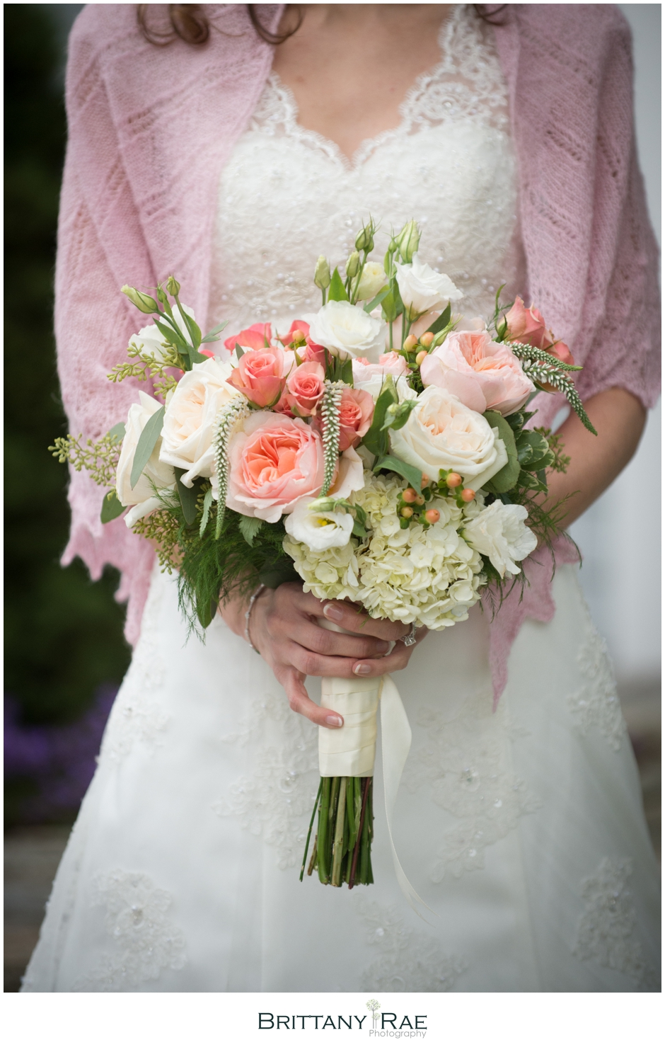 Peach and blush wedding bouquet by Samoset Resort Wedding Photographer, Brittany Rae Photography