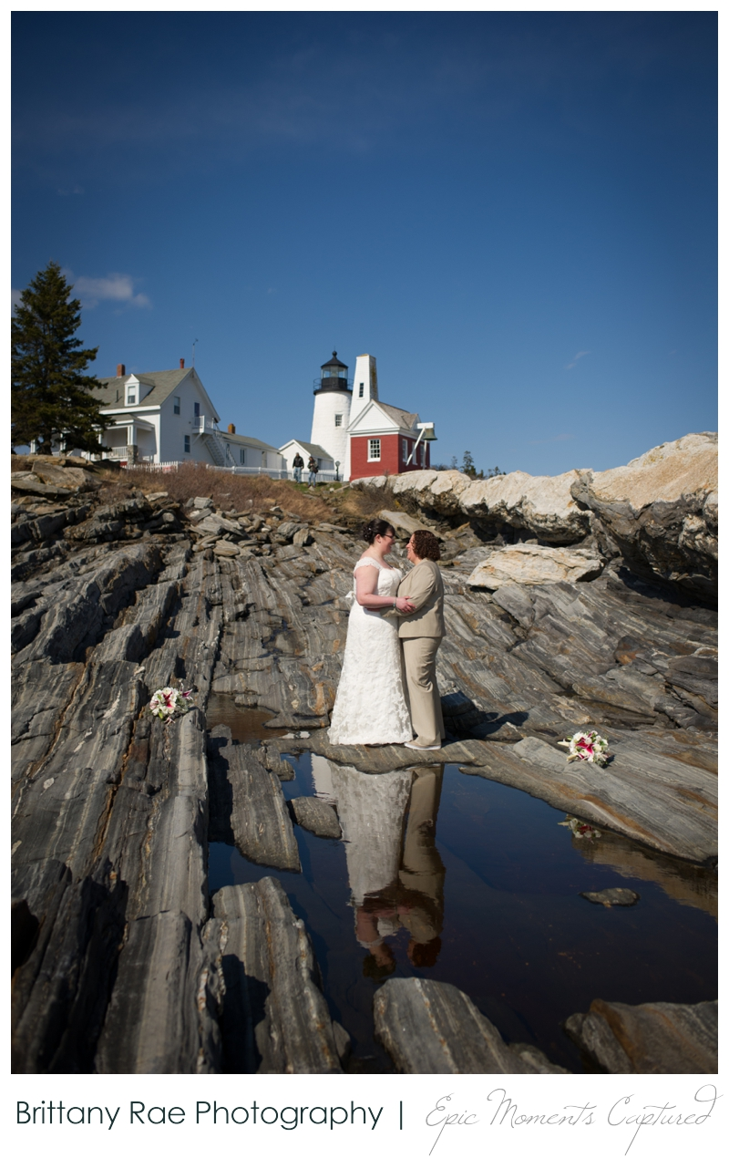 Kennebunkport Wedding | Pemaquid Light Wedding - wedding portraits with lighthouse