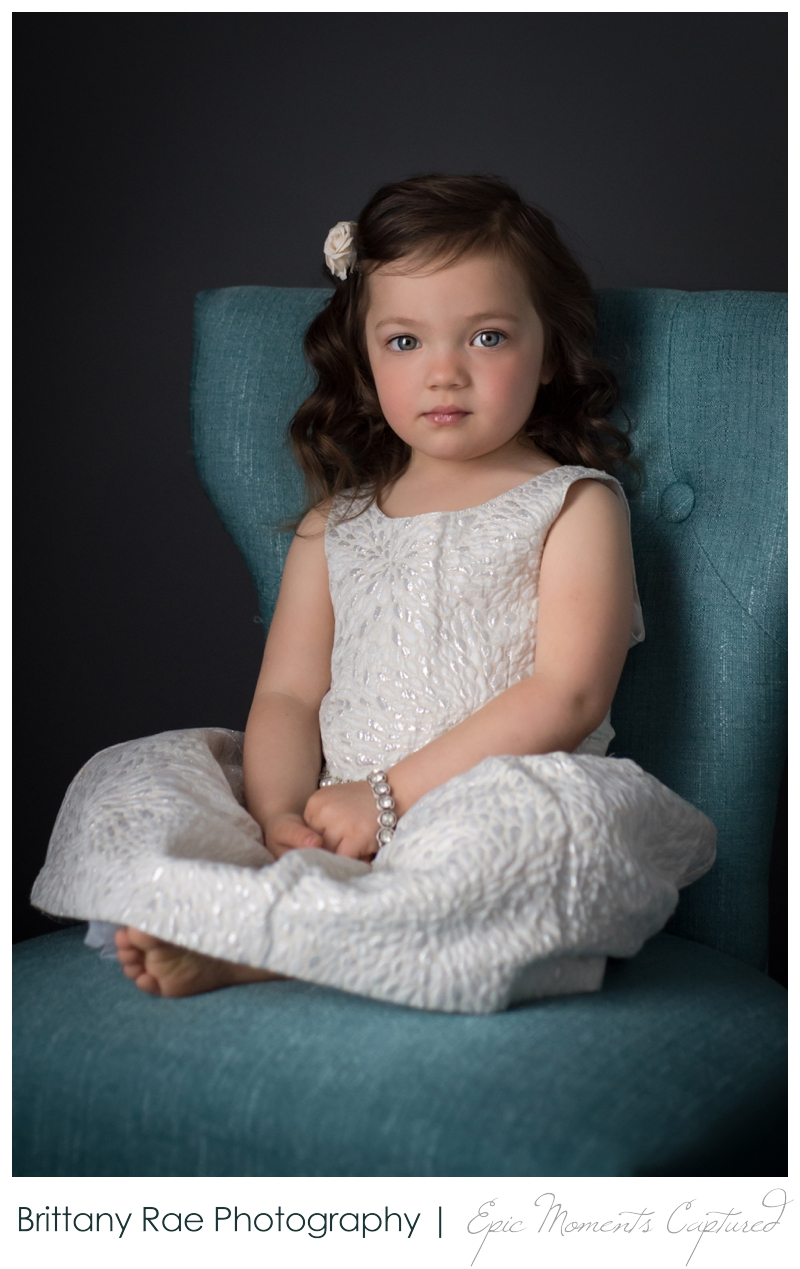 Mom and Me Portraits - Young girl on blue chair