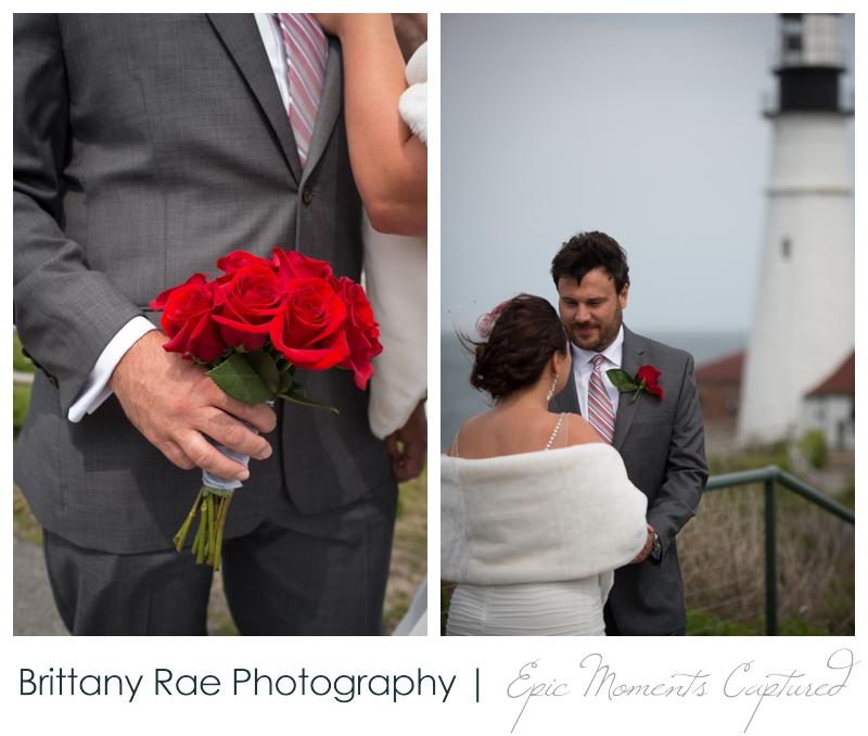 Portland Headlight wedding photos - ceremony at lighthouse