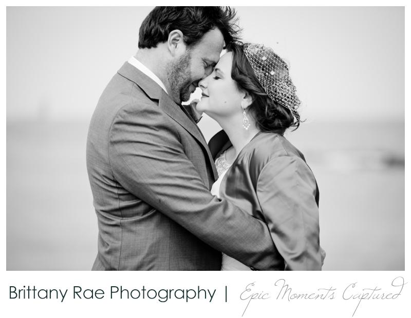 Portland Headlight wedding photos - intimate wedding portraits