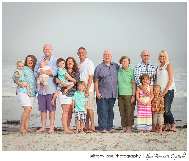 Kennebunkport Family Portraits - Extended Family on the beach