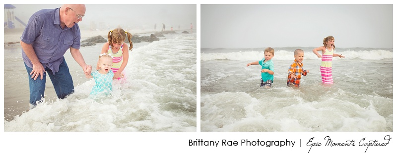 Kennebunkport Family Portraits - kids playing in the ocean