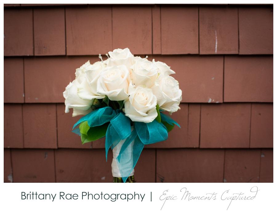 Peak Lodge Sunday River Wedding in Bethel Maine - White Bridal Bouquet