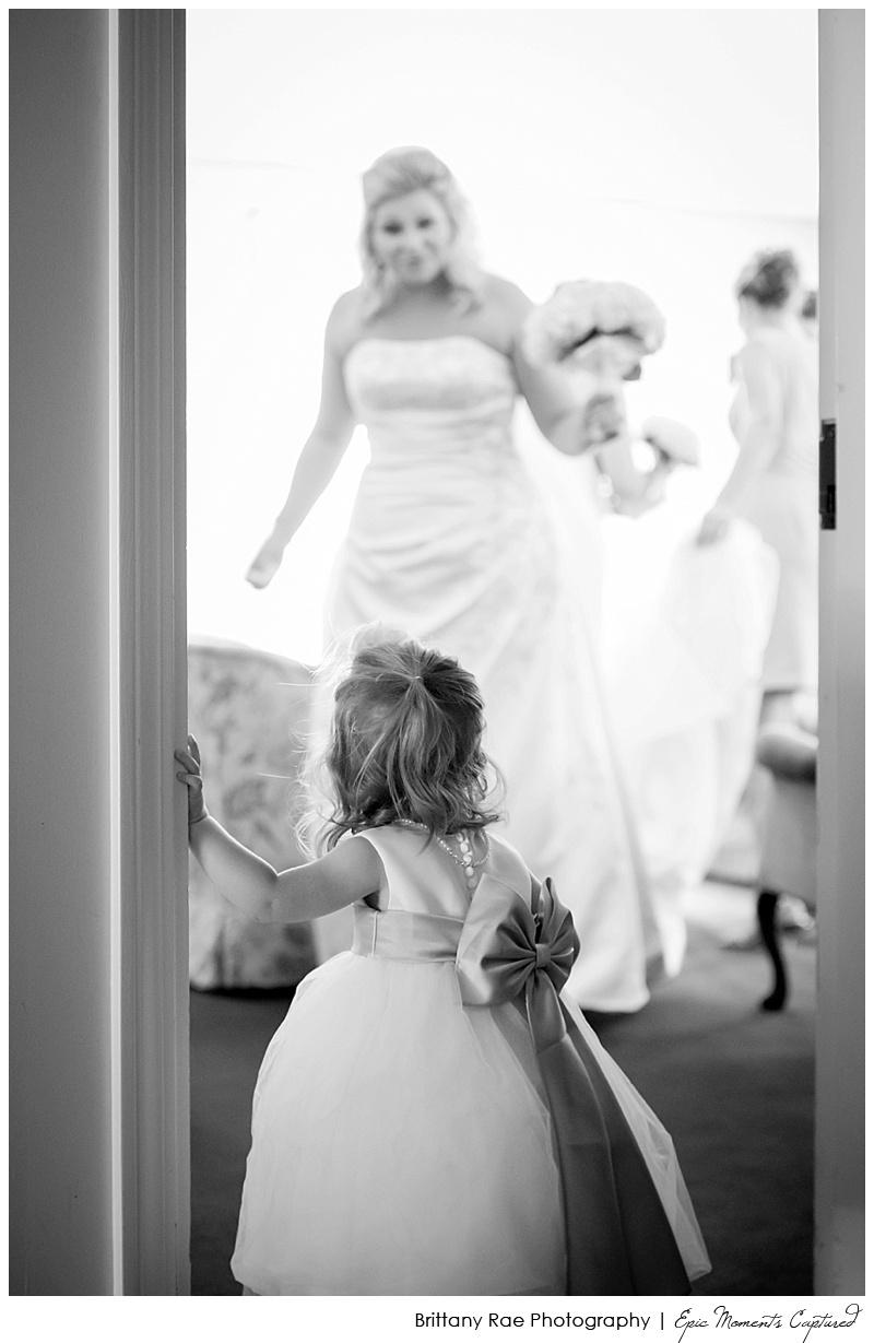 Union Bluff Hotel wedding - Flower girl with bride
