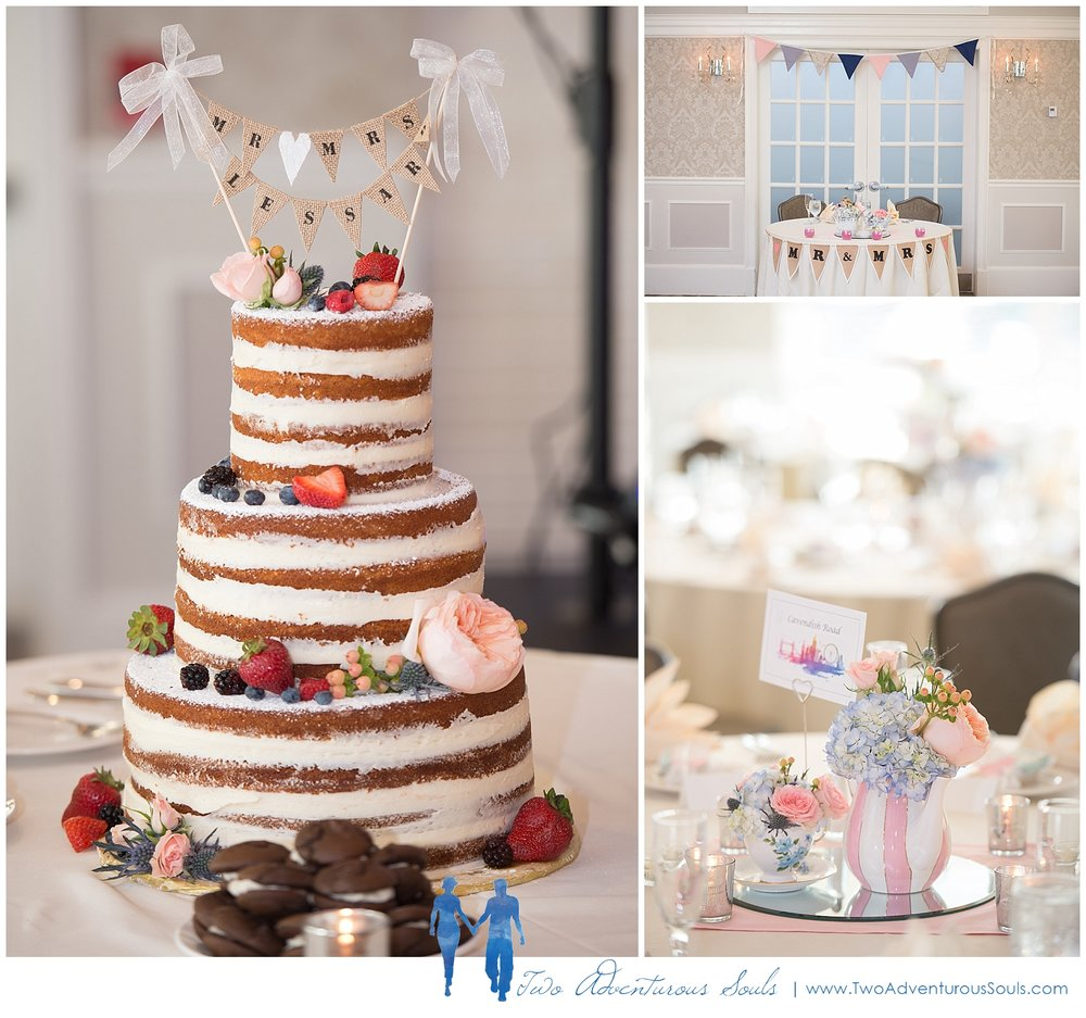 Woodlands Country Club Wedding, Maine Wedding Photographers_Nothing Bakes like a Parrot