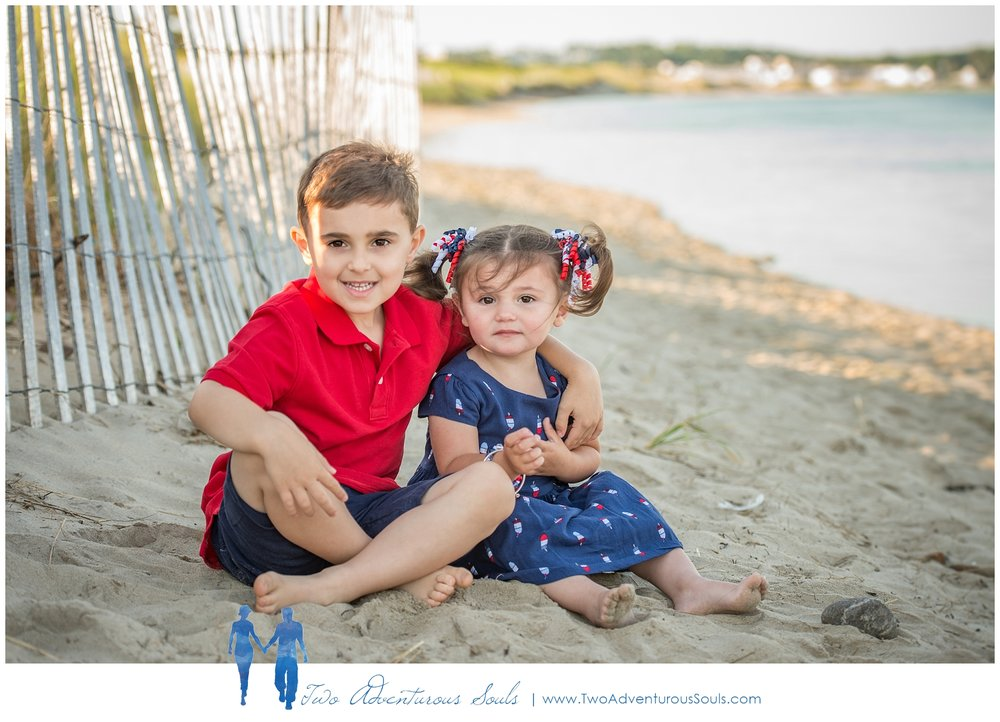 Ogunquit Family Portraits by Maine Family Photographer -