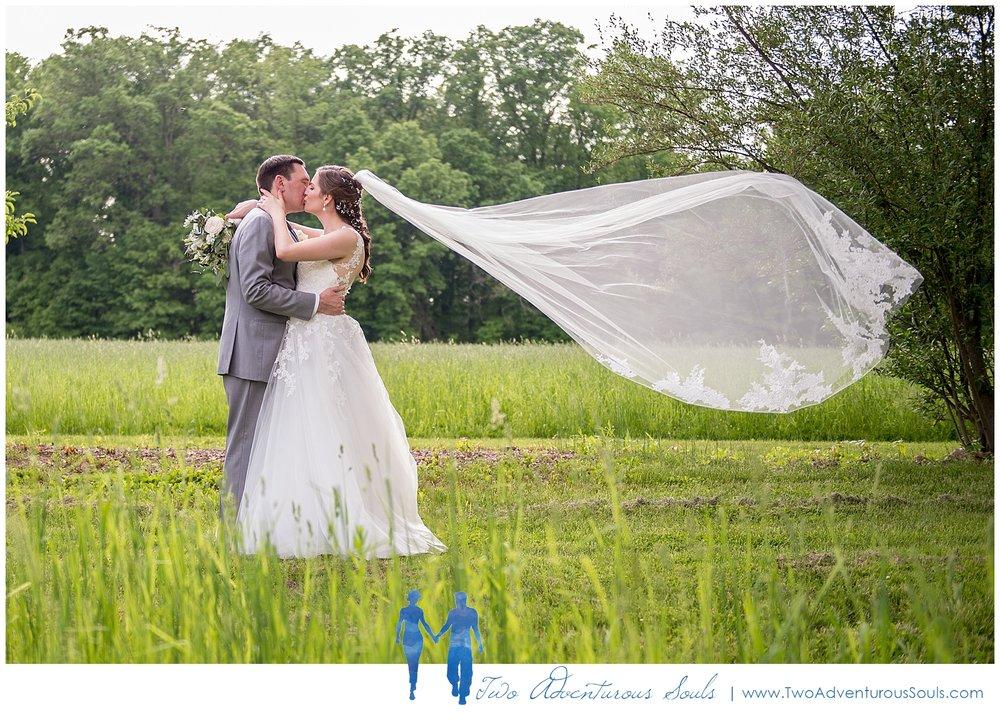 Quakertown-Wedding-Photographers-Farm-Wedding-Photographers-Two-Adventurous-Souls_0026.jpg