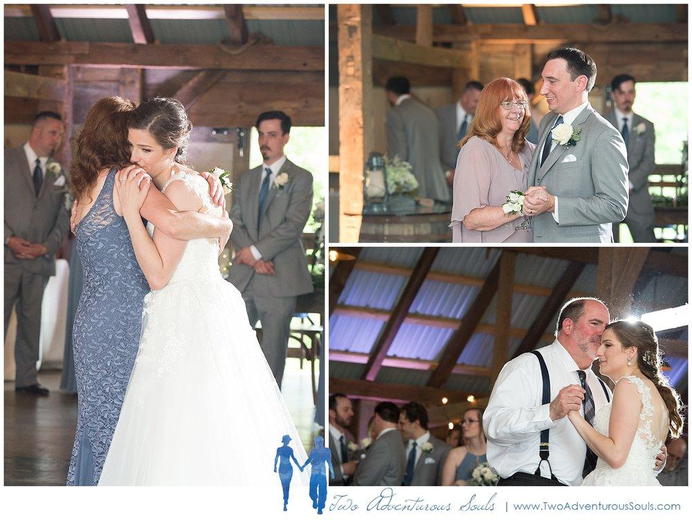 Quakertown-Wedding-Photographers-Farm-Wedding-Photographers-Two-Adventurous-Souls_0031.jpg