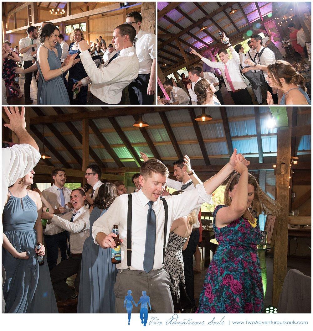Quakertown-Wedding-Photographers-Farm-Wedding-Photographers-Two-Adventurous-Souls_0033.jpg