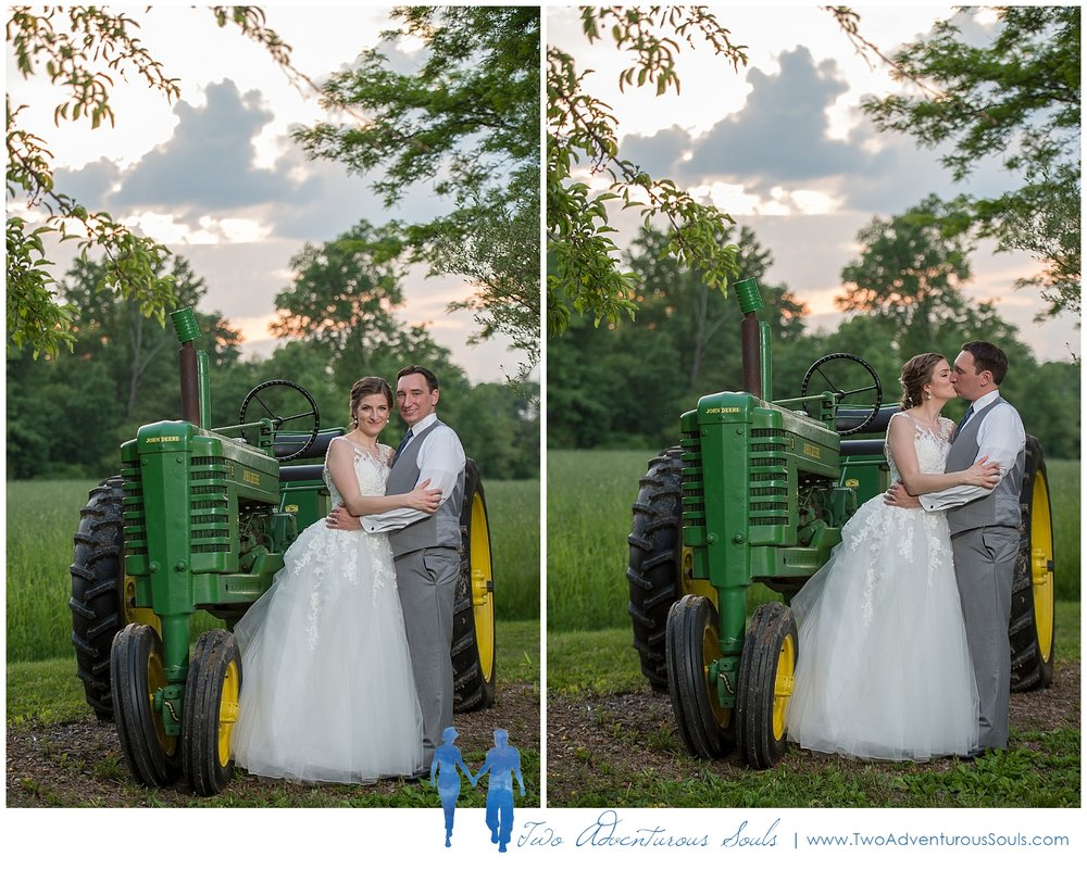 Quakertown-Wedding-Photographers-Farm-Wedding-Photographers-Two-Adventurous-Souls_0036.jpg