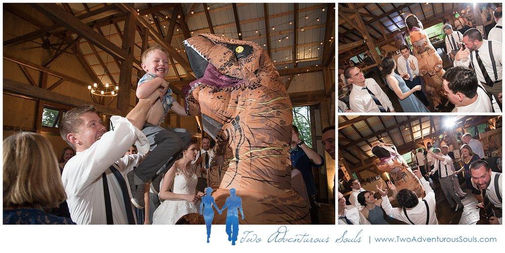 Quakertown-Wedding-Photographers-Farm-Wedding-Photographers-Two-Adventurous-Souls_0038.jpg