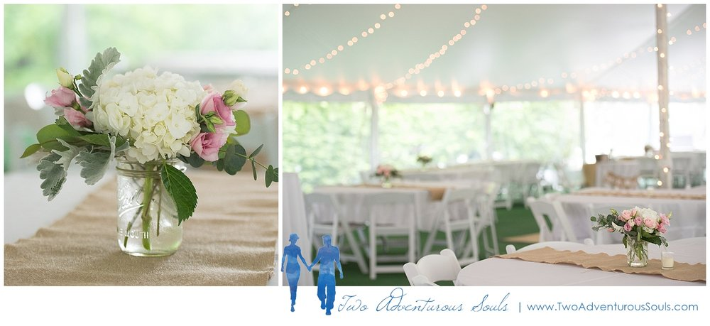 Dexter's Inn Wedding, New Hampshire Wedding Photographers_Tented Wedding Details