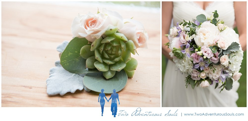 Dexter's Inn Wedding, New Hampshire Wedding Photographers_Bridal Bouquet, Succulents