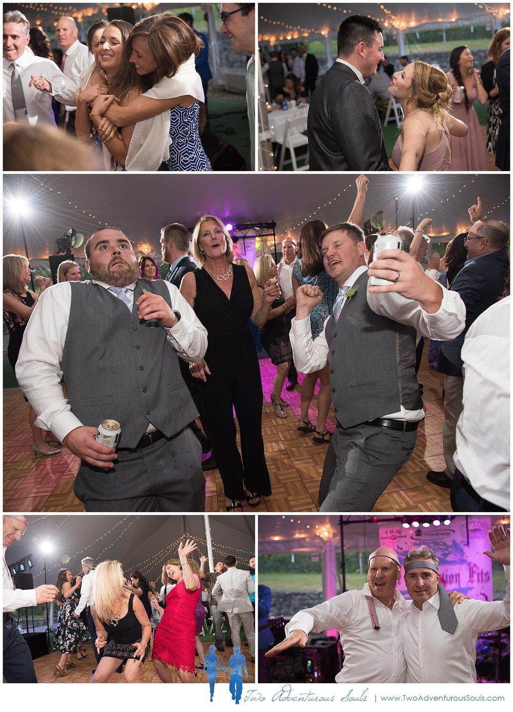 Dexter's Inn Wedding, New Hampshire Wedding Photographers_Wedding Reception Band