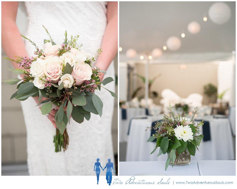 Inn-on-Peaks-Island-Wedding-Maine-Wedding-Photographers_0016.jpg