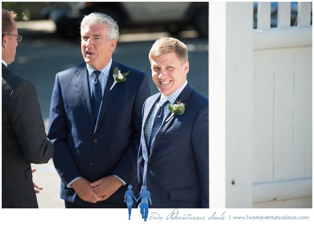 Inn-on-Peaks-Island-Wedding-Maine-Wedding-Photographers_0018.jpg