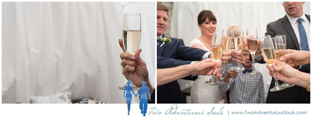 Inn-on-Peaks-Island-Wedding-Maine-Wedding-Photographers_0024.jpg