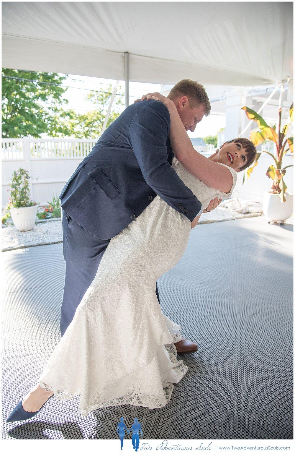 Inn-on-Peaks-Island-Wedding-Maine-Wedding-Photographers_0036.jpg