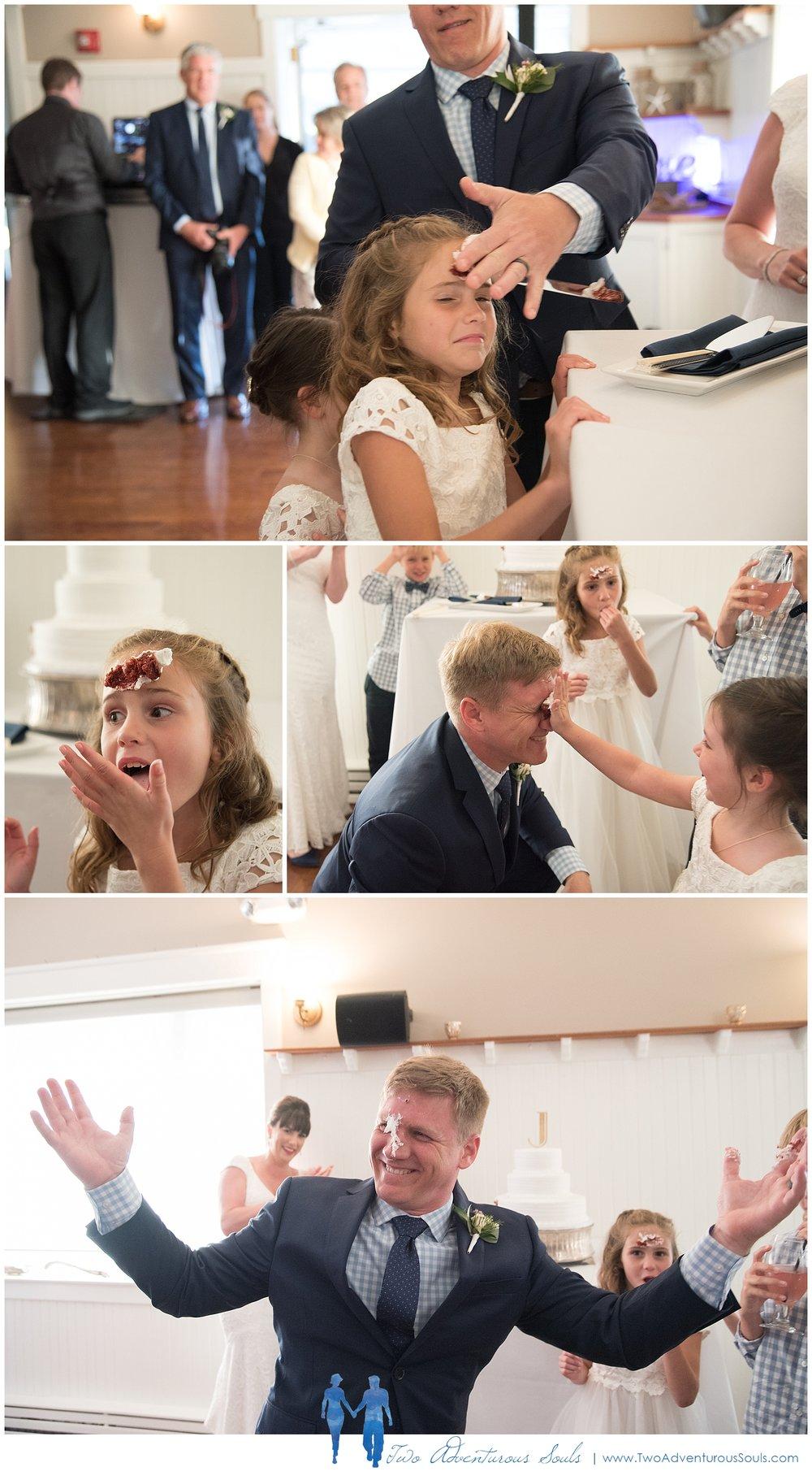 Inn-on-Peaks-Island-Wedding-Maine-Wedding-Photographers_0039.jpg