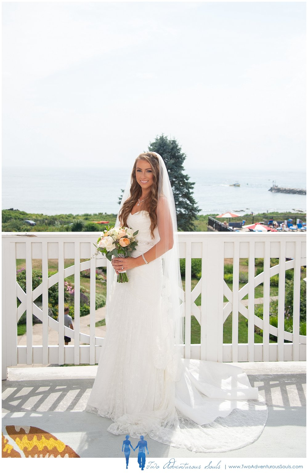 Colony-Hotel-Wedding-Kennebunkport-Wedding-Photographers-maine-Wedding-Photographers_0077.jpg