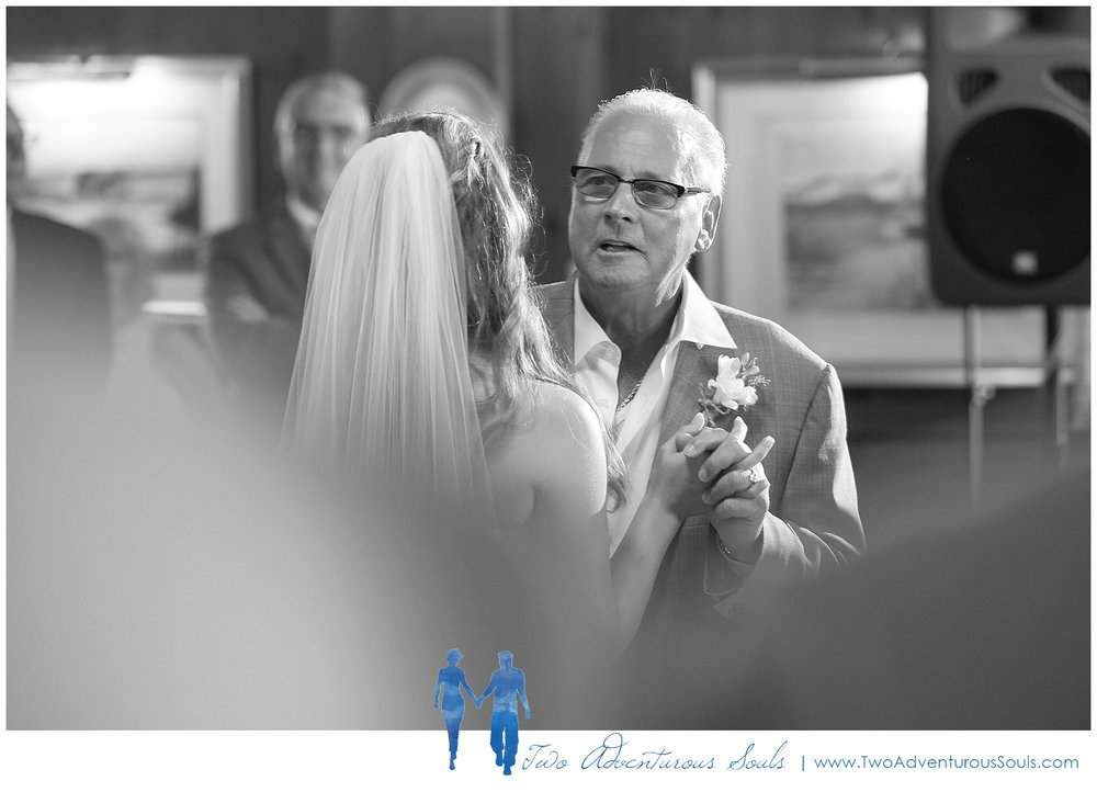 Colony-Hotel-Wedding-Kennebunkport-Wedding-Photographers-maine-Wedding-Photographers_0097.jpg