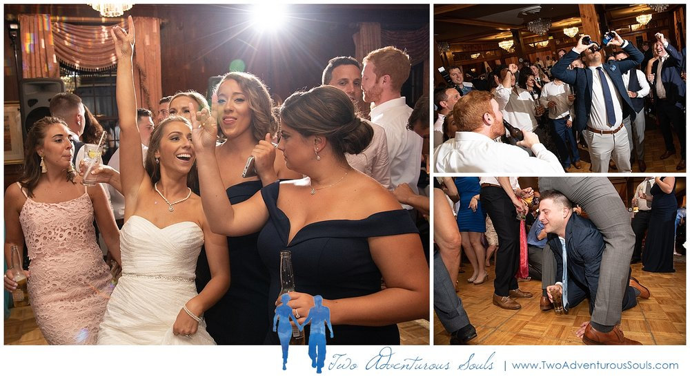 Colony-Hotel-Wedding-Kennebunkport-Wedding-Photographers-maine-Wedding-Photographers_0112.jpg