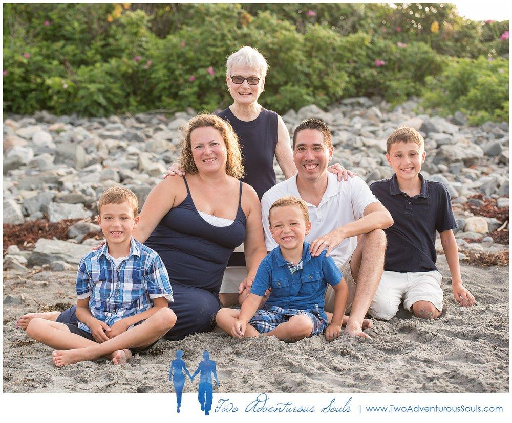 Family Portraits, York Maine Family Photographers, LS Two Adventurous Souls_0005.jpg
