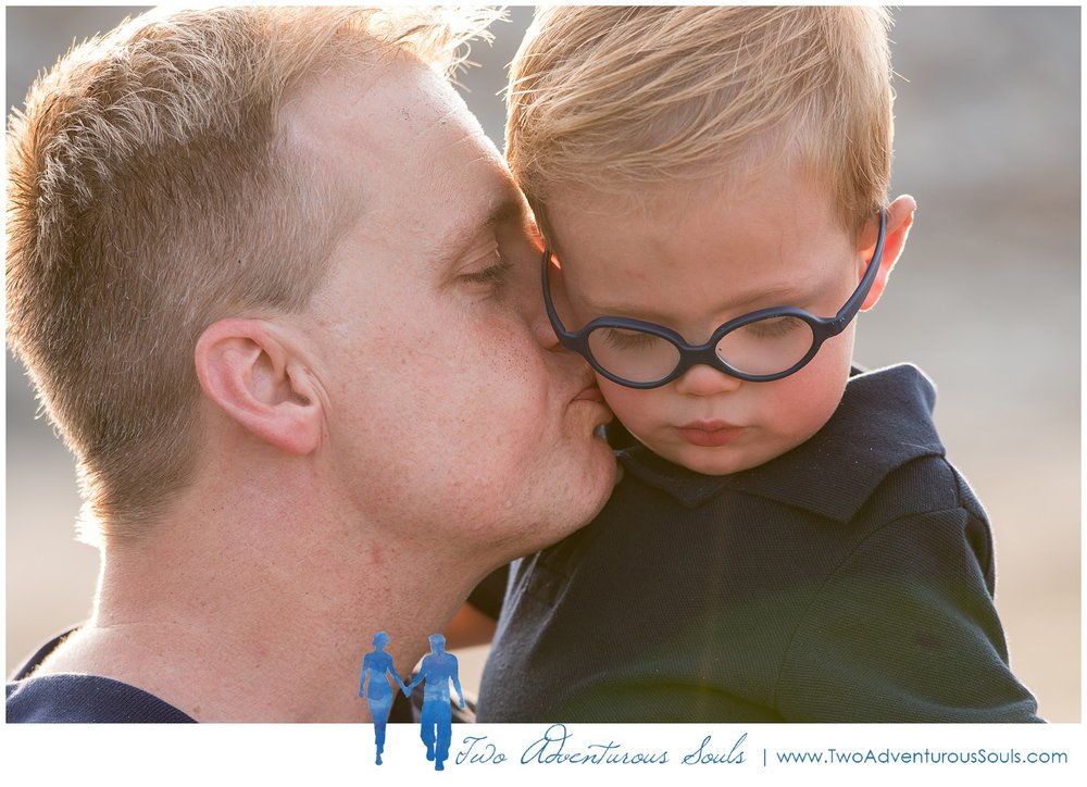 Family Portraits, York Maine Family Photographers, LS Two Adventurous Souls_0006.jpg