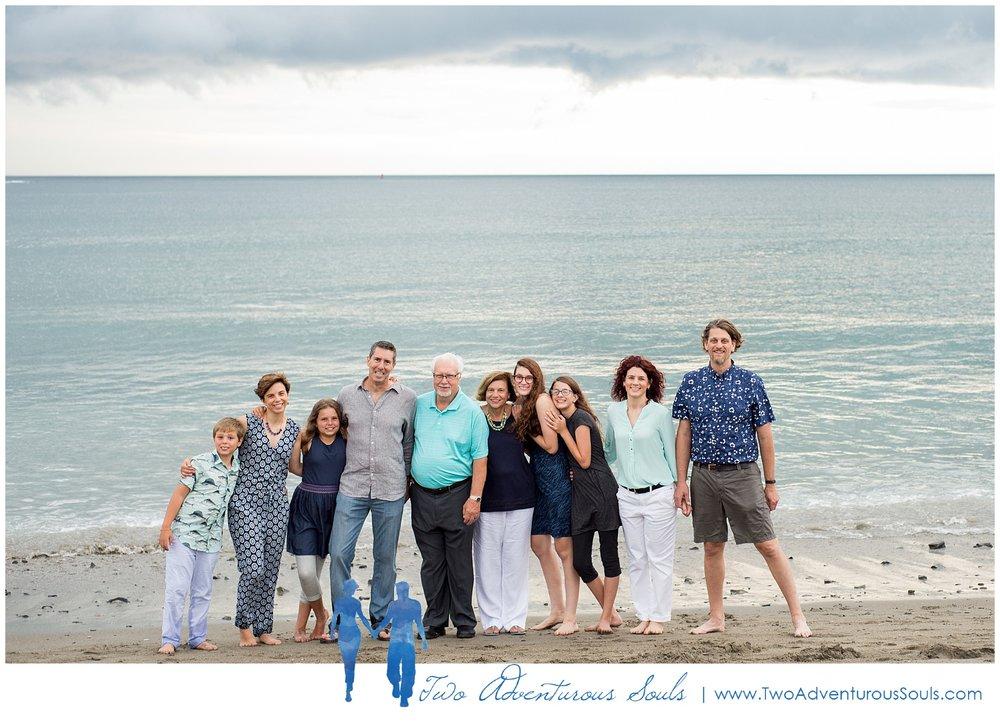 080318 - York Beach Family Portraits, Maine Family Photographers_0006.jpg