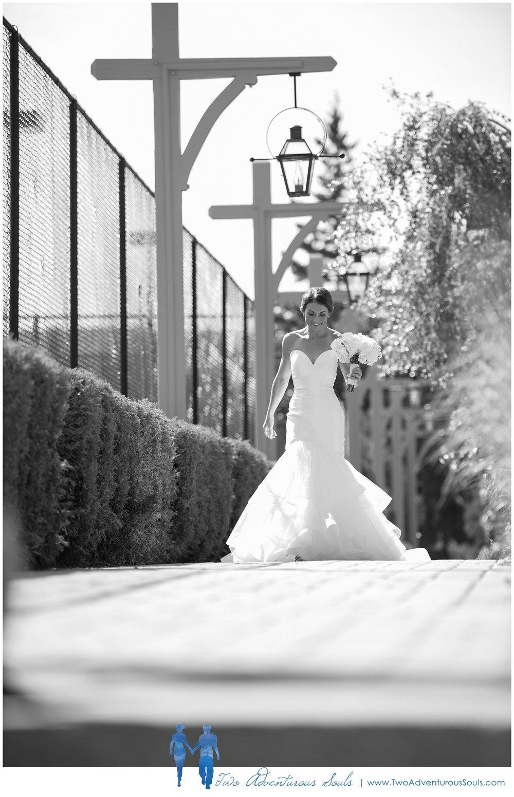 First Look by Bar Harbor Wedding Photographers, Two Adventurous Souls 040919_0028.jpg