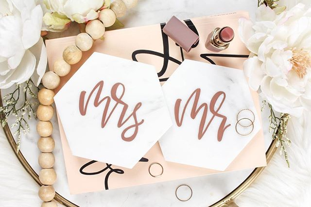 We are obsessing over these gorgeous white marble coaster sets that our brides received this month! They are made by @l.lynnletteringco and feature her beautiful copper hand lettering. Check out her profile and Etsy store for more amazing bridal and home items!