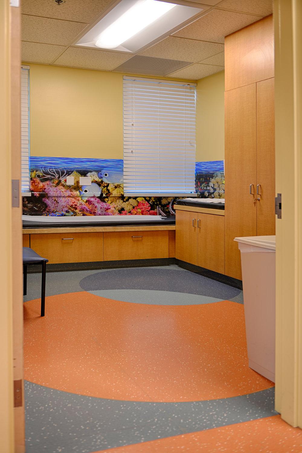 Kaiser FHC Lab - Exam Room HDR 1 - 72dpi.jpg