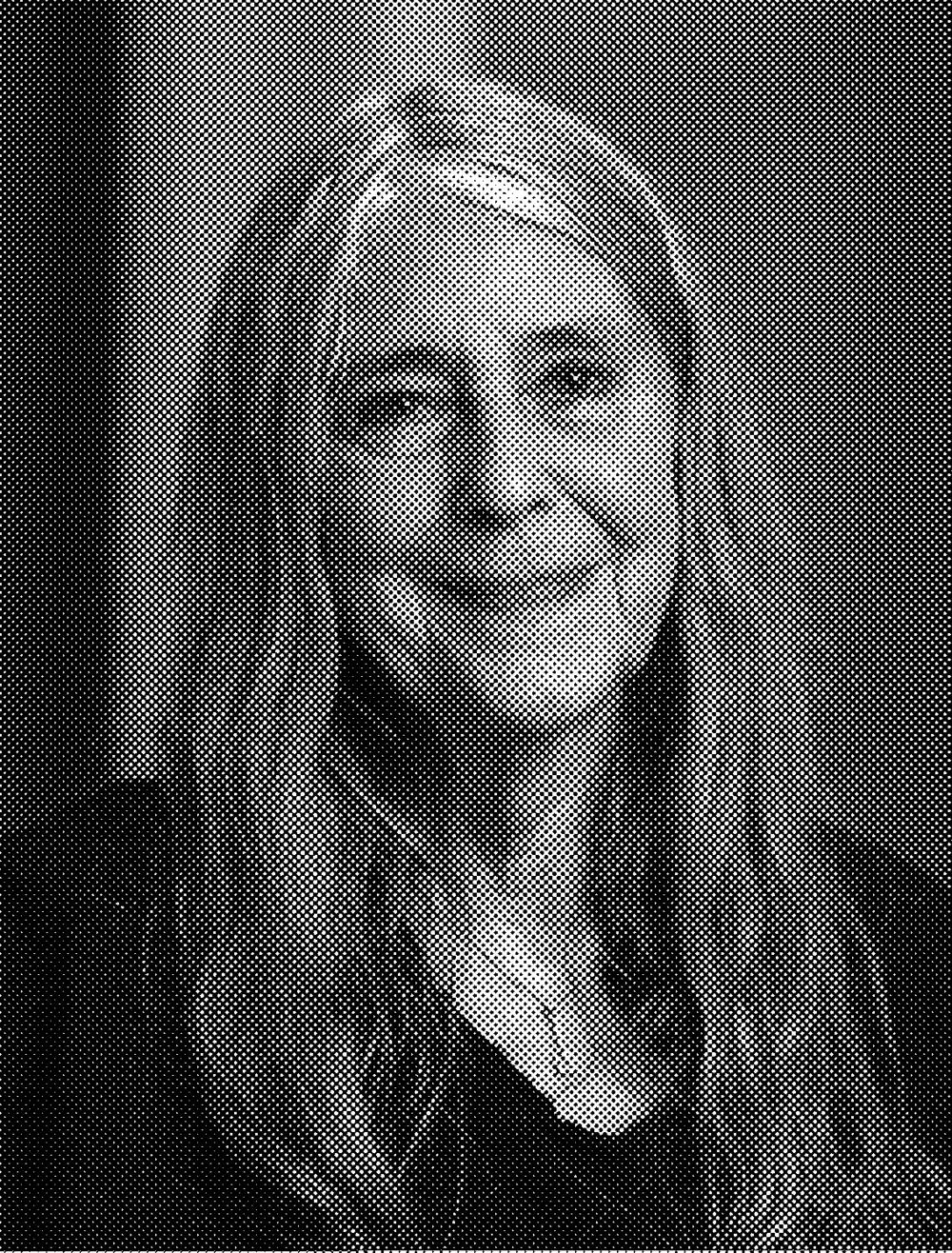 """Margaret Hamilton  ( 17 de agosto  de  1936 ) es una  científica computacional ,  matemática  e  ingeniera de sistemas .  Fue directora de la División de Ingeniería de Software del Laboratorio de Instrumentación del  MIT , donde con su equipo desarrolló el software de navegación """"on-board"""" para el  Programa Espacial Apolo . En 1986, se convirtió en la fundadora y CEO de Hamilton Technologies, Inc. en  Cambridge, Massachusetts . La compañía se desarrolló alrededor del Lenguaje Universal de Sistemas basada en su paradigma de """"Desarrollo antes del hecho"""" (DBTF del inglés Development Before the Fact) para sistemas de diseño de software. A ella se debe no solo la denominación  ingeniería de software  (software engineering) sino también el desarrollo de toda la disciplina."""