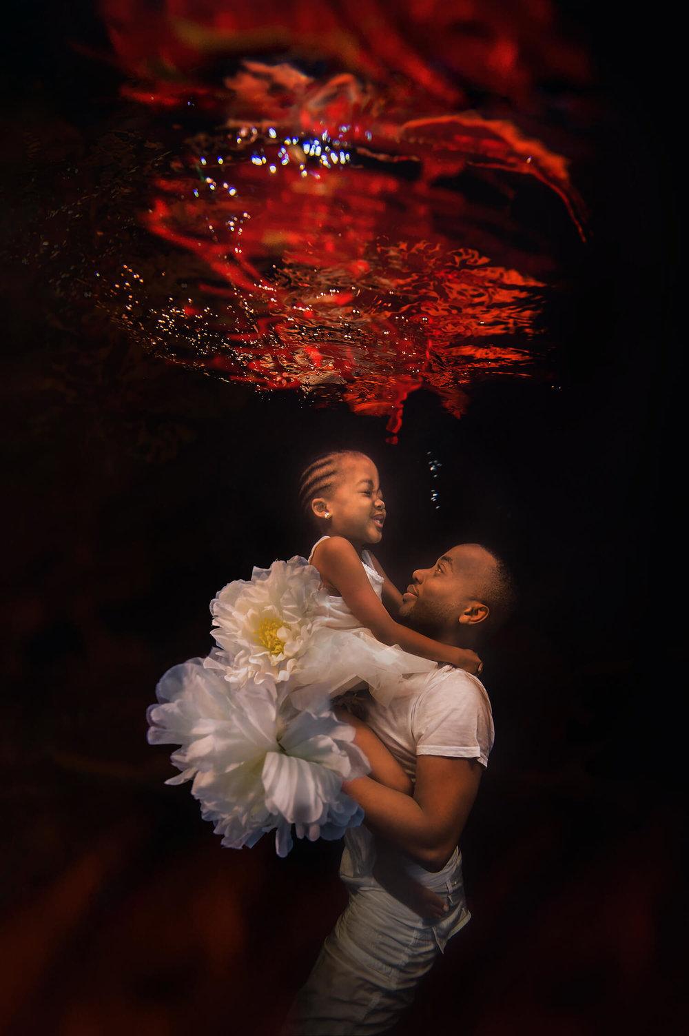 Ilse Moore underwater baby mom_007.jpg