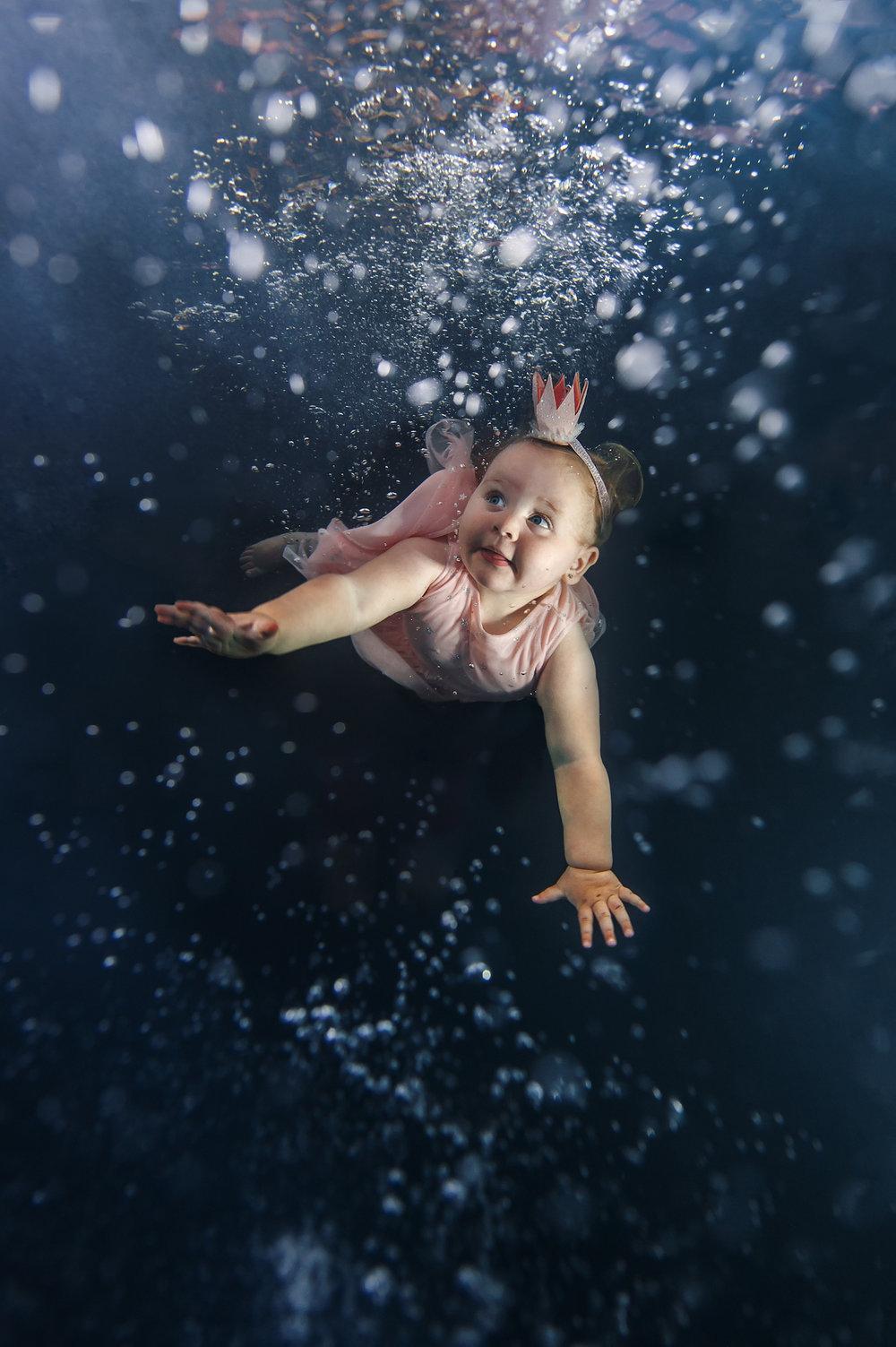 Ilse Moore underwater little dreamer_007.jpg
