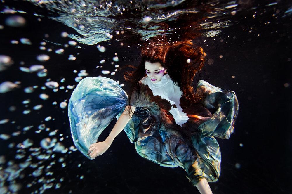 Ilse Moore underwater commercial private_001.jpg