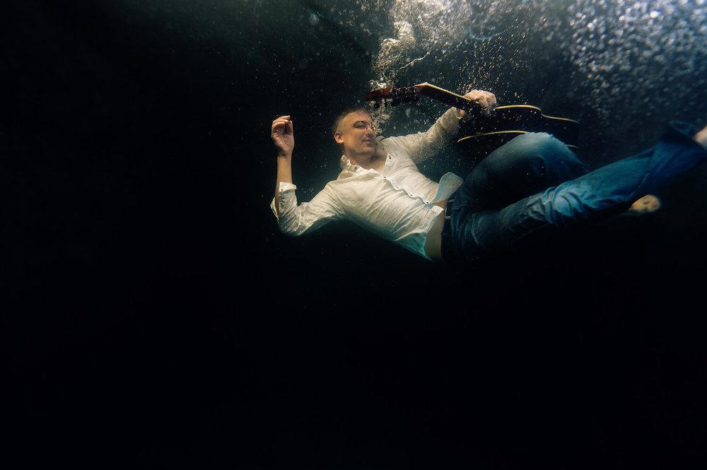 Ilse Moore underwater commercial private_006.jpg