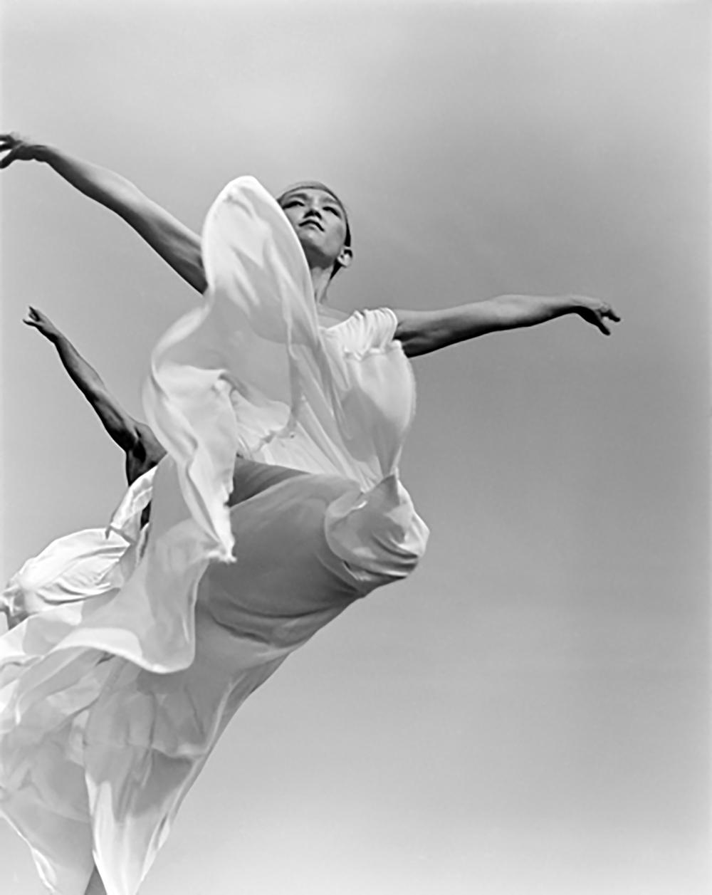 3__91-13-1.Michiyo-&-Dancers-(1988)-copy.png