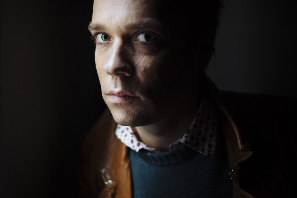 Singer Rufus Wainwright poses for a portrait at Sadler's Wells Theatre, in central London, Wednesday, April 14, 2010. (AP Photo/David Azia)
