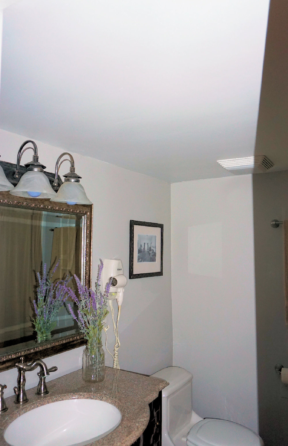 Room 3 Bathroom-2.jpg