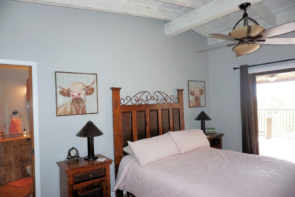 Room 4 bed bathroom and slider door .jpg
