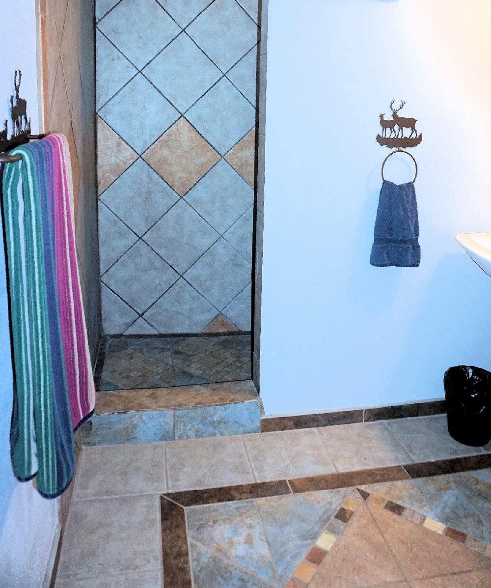 Bathroom Bunkhouse 1.jpg