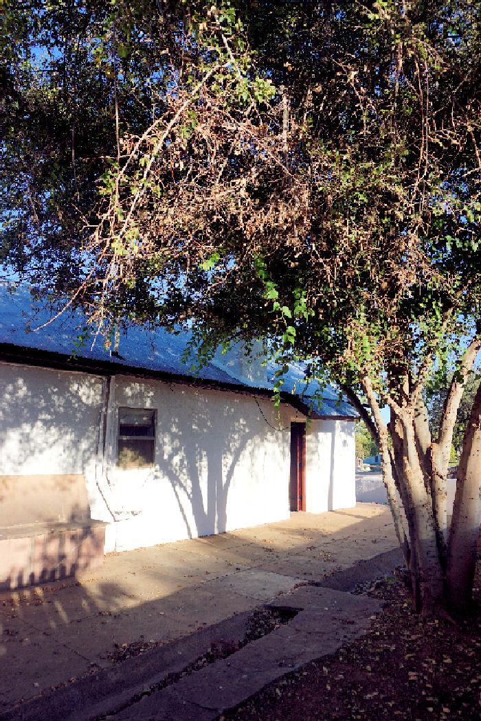 Side yard Bunk house 1.jpg