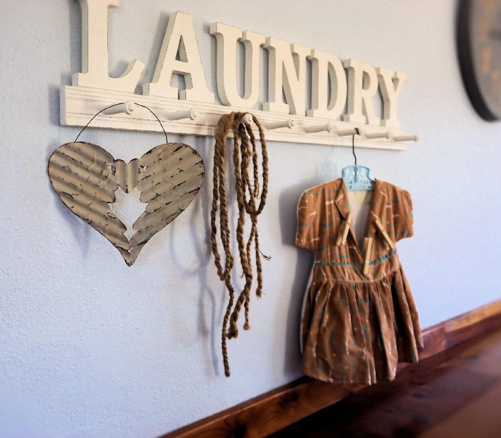 Laundry sign .jpg